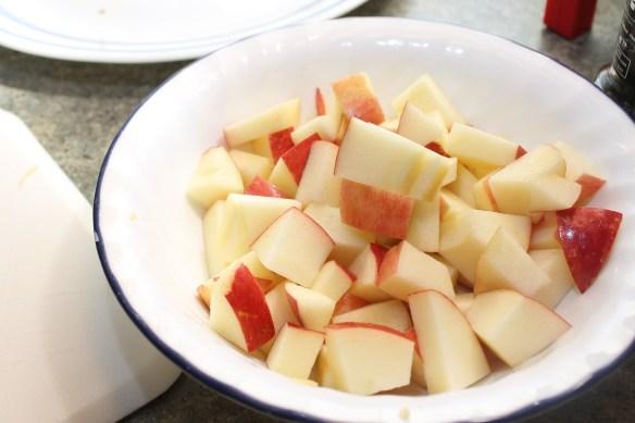 Cut the Apples